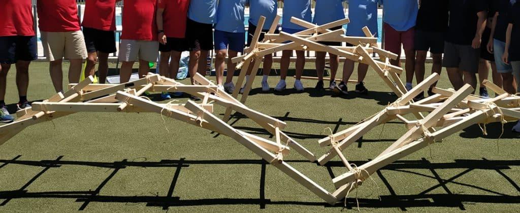 Team Building Construcción de Puentes